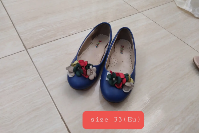 Girls Shoes Used