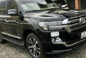 TOYOTA LANDCRUISERS FOR RENT IN GHANA.