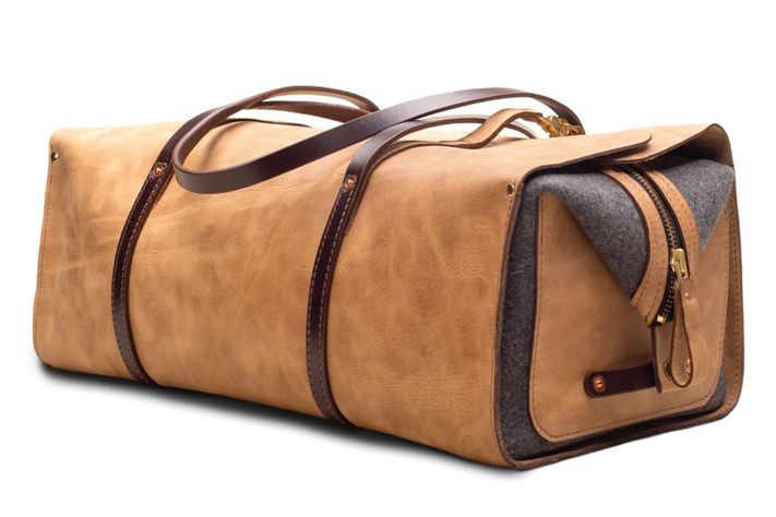 Orox_Leather_Handcrafted_High_Quality_Duffel_Travel_Bag_Angle_530x@2x